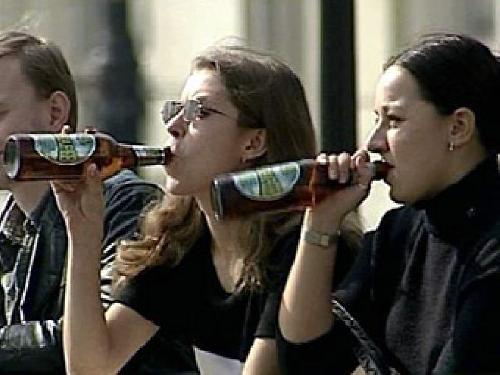 В Кемеровской области продавец торгового павильона заплатит штраф за продажу алкоголя несовершеннолетнему