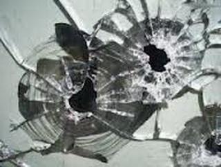 В Кемерово будут судить пешехода, который разбил лобовое стекло посигналившего ему автомобиля